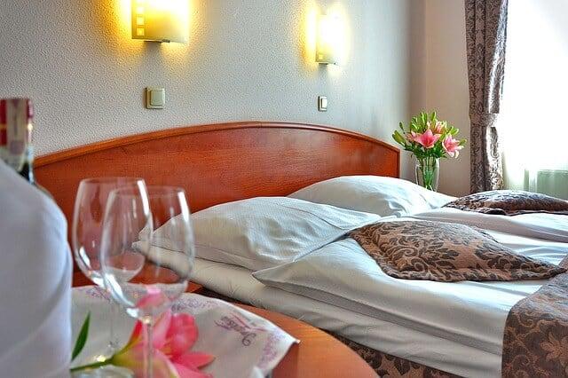 חדר מלון להמחשה בלבד מלונות זולים בלונדון